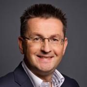 Anton van Steenis
